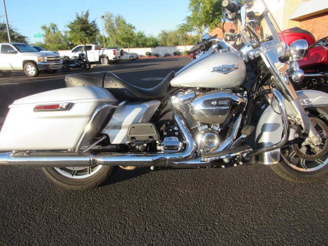 Pre-Owned 2019 Harley-Davidson Road King