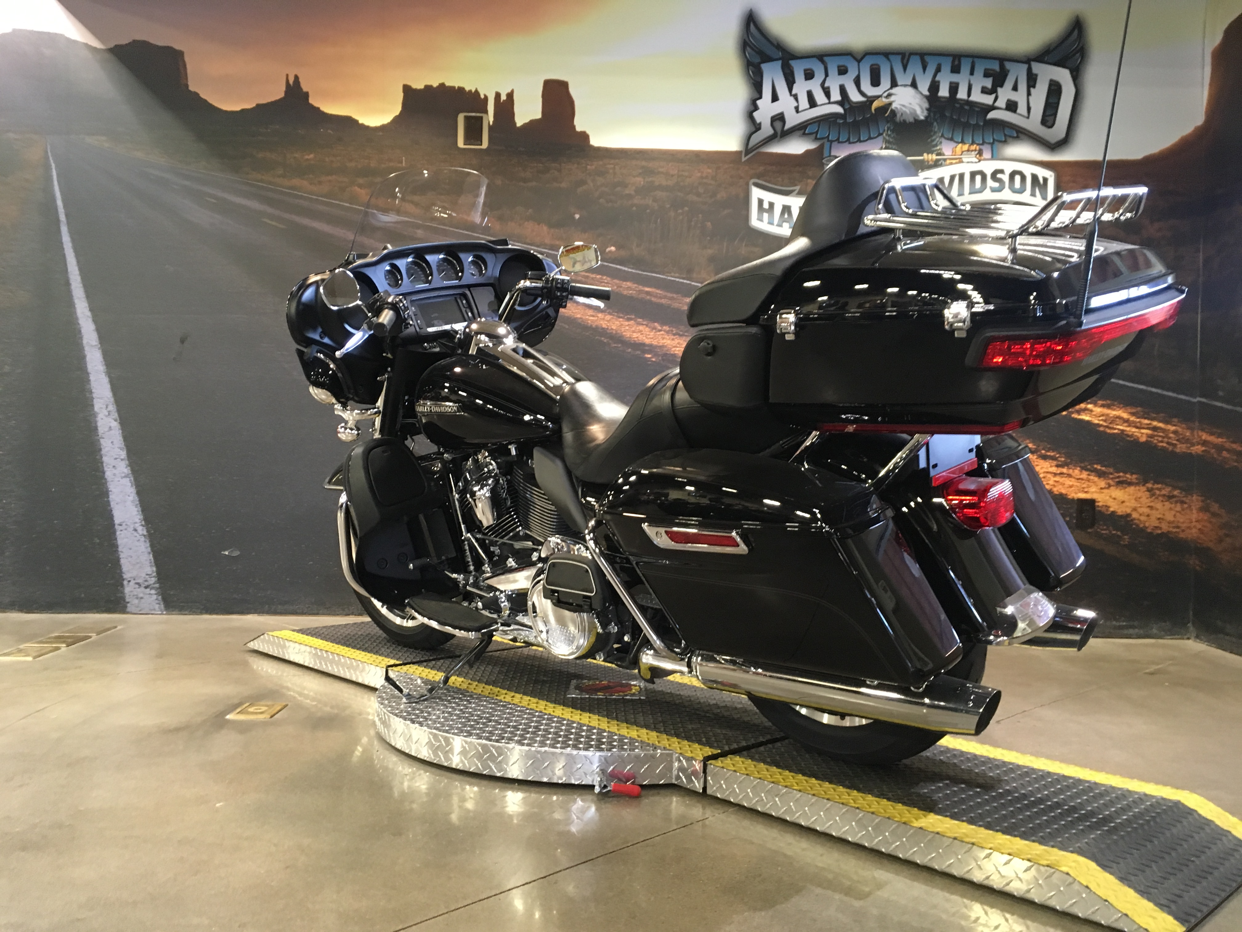 Pre-Owned 2018 Harley-Davidson Electra Glide Ultra Classic